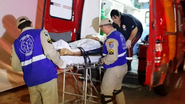 Rodrigo foi socorrido em estado grave – Foto: Colaboração Banda B