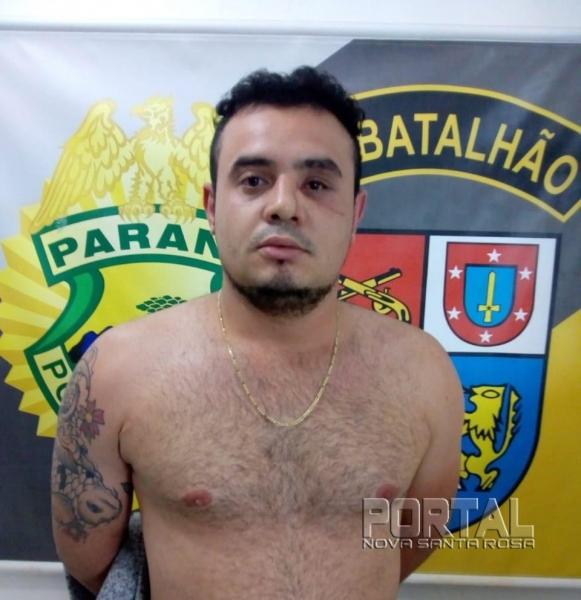 Rafael Gomes De Souza foi preso no final da tarde de hoje. (Foto: Bogoni/Radar B.O./Catve)